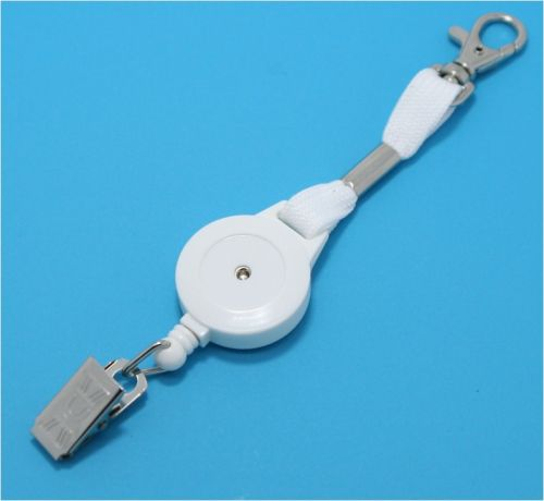 KR_ML4_WHT White keyreel with secure snap hook. Crocodile clip